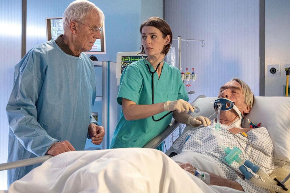 Karl muss nach der Operation wieder allein atmen. Wird er es schaffen?