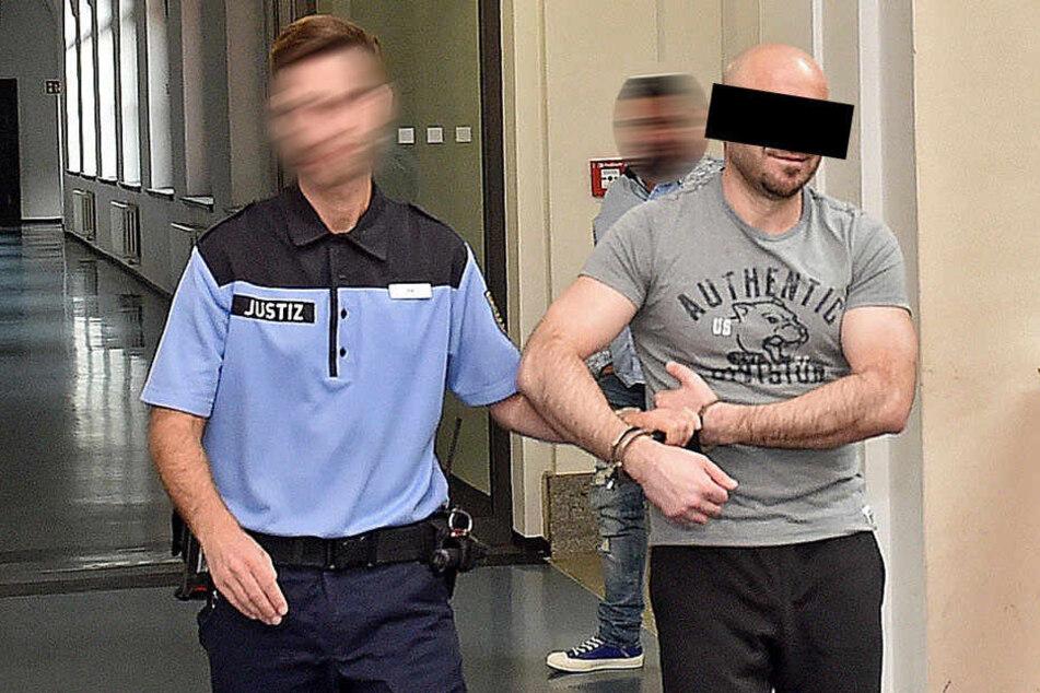 Ervin K. (38) soll Dresden mit kiloweise Heroin und Marihuana versorgt haben.