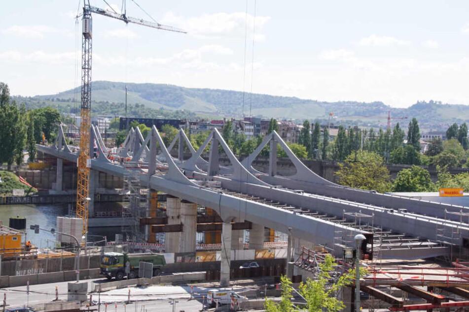 Stuttgart 21 geht voran: Hingucker Neckarbrücke wird betoniert