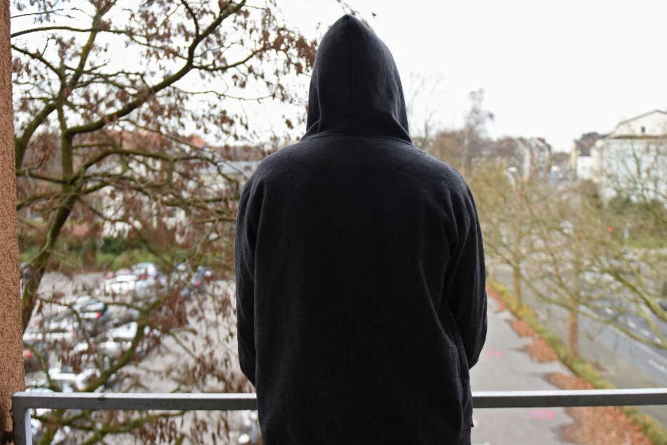 Üble Mobbing-Attacke: In der Zeitung erschien die Todesanzeige des 13-Jährigen. (Symbolbild)