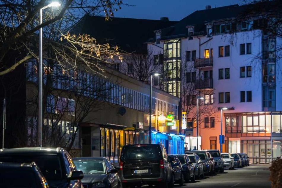 In der Chemnitzer Innenstadt wurde eine Musterstrecke für LED-Straßenbeleuchtung errichtet.