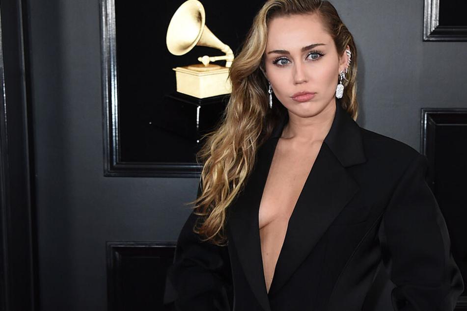 Nachdem Liam die Scheidung einreichte: Jetzt teilt Miley Cyrus aus!