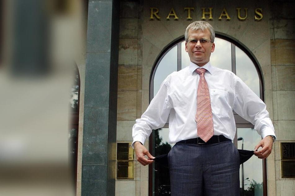 Hartmut Vorjohann 2003 als Dresdner Finanzbürgermeister. Die Kassen des Freistaates sind derzeit aber ganz gut gefüllt.