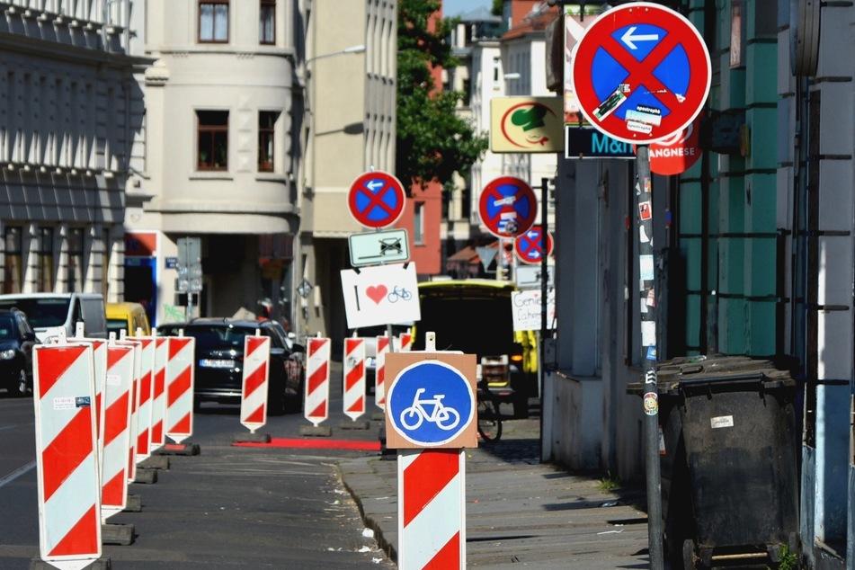 In der Zweinaundorfer Straße/Ecke Theodor-Neubauer Straße wünschen sich die Aktivisten einen neuen Radweg.