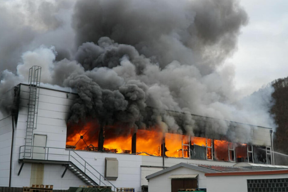 Zunächst war der Schaden auf ein bis zwei Millionen Euro geschätzt worden.