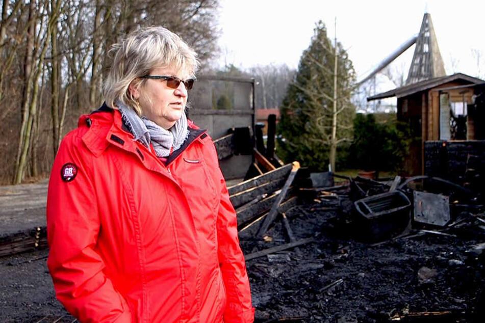 Regina Frenzel (61) hat jetzt mit dem Wiederaufbau viel zu tun.