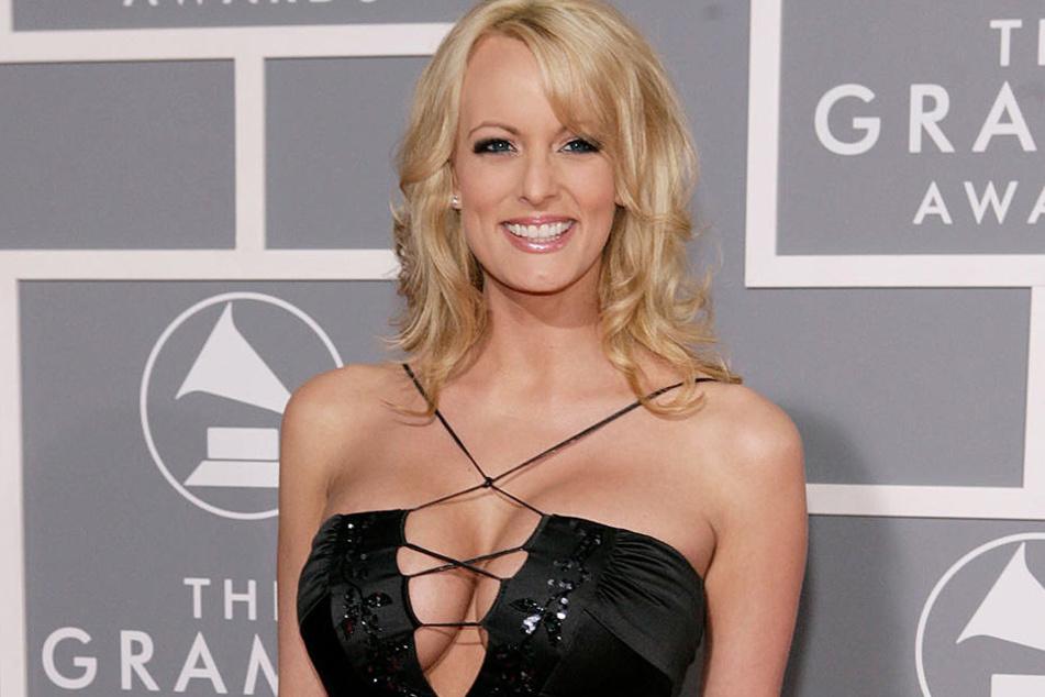 Pornodarstellerin Stephanie Clifford, bekannt als Stormy Daniels, soll sich angegrapscht haben lassen.