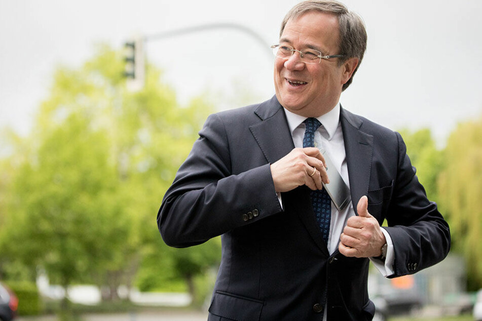 Armin Laschet (CDU) forciert seine Forderungen an Ministerpräsidentin Hannelore Kraft (SPD).