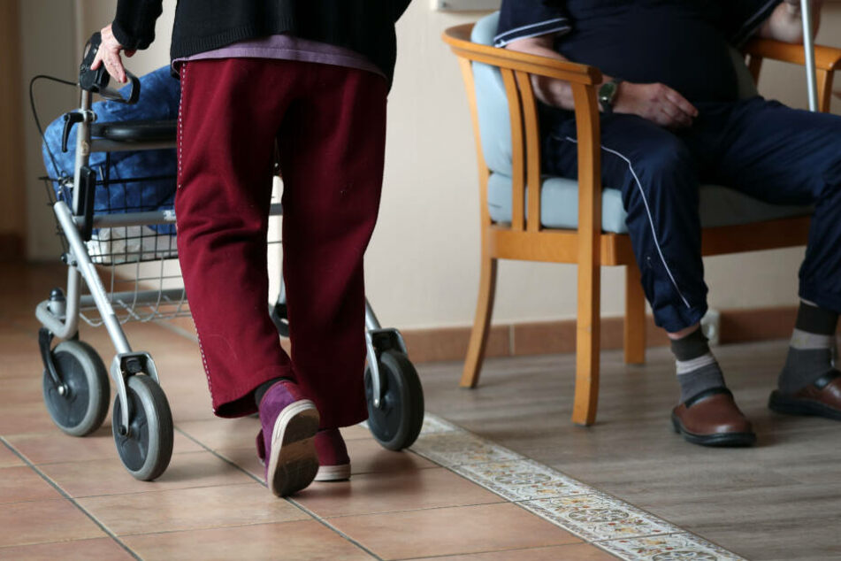 Rentner verschwindet aus Pflegeheim und taucht hunderte Kilometer entfernt wieder auf