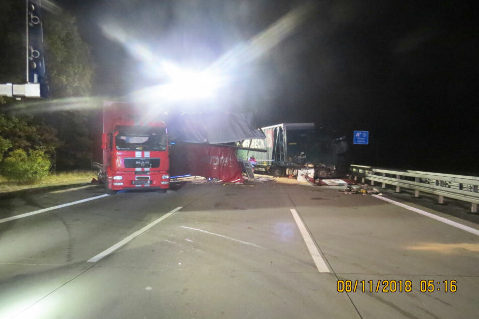 Schwerer Unfall auf der A2 bei Schopsdorf.