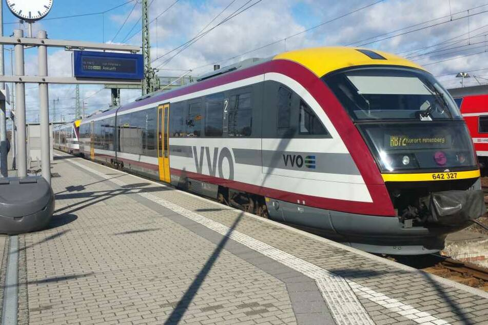 Tausende Pendler stinksauer: Städtebahn Sachsen stellt über Nacht den Betrieb ein