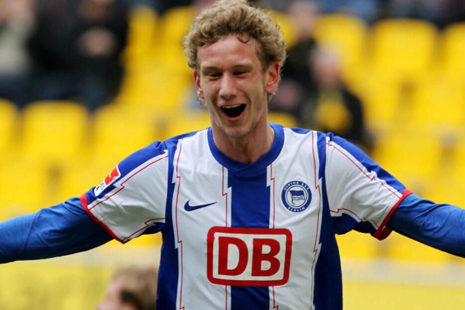 Fabian Lustenberger bejubelt seinen Treffer gegen Aachen.