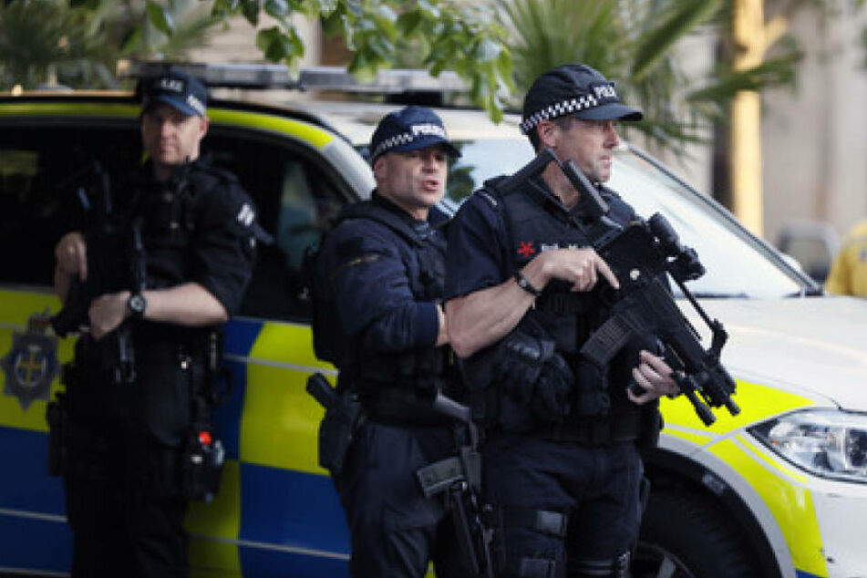 Die Lage in Manchester ist weiter kritisch. Die Terrorwarnstufe ist auf dem höchsten Niveau.