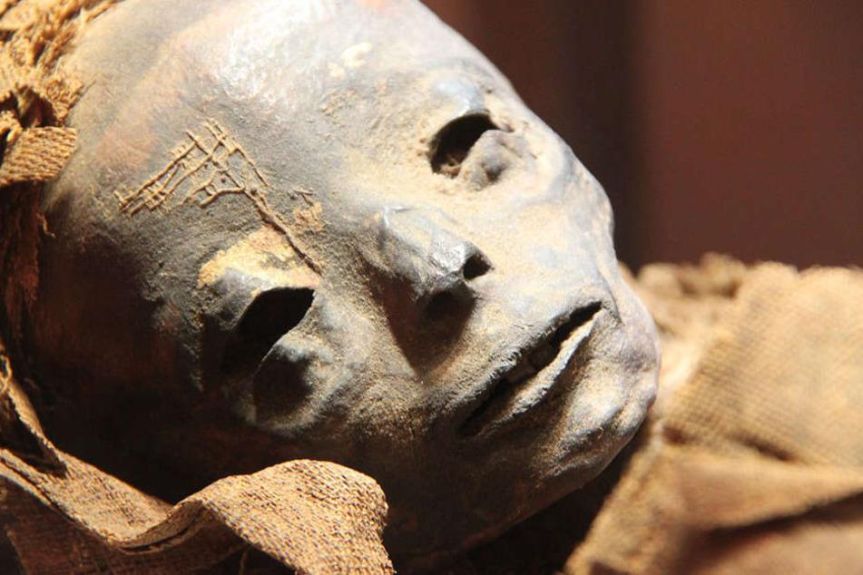 Eine uralte Mumie: Einbalsamiert und konserviert für die Ewigkeit.