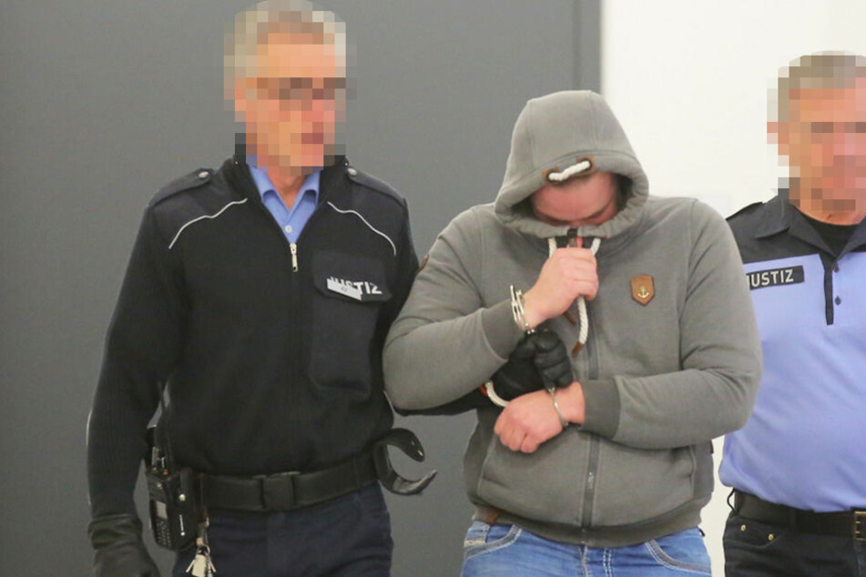 Fabian S. (24) gestand seine Taten vor dem Landgericht Dresden.