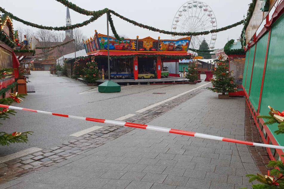 Die Polizei musste auch den Weihnachtsmarkt evakuieren.