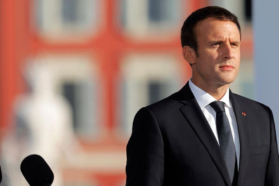Der französische Präsident Emmanuel Macron nimmt am 14. Juli in Nizza an einer Gedenkfeier anlässlich des ersten Jahrestags des Anschlags von Nizza teil. Am 14. Juli 2016 waren dort 86 Menschen ermordet worden.