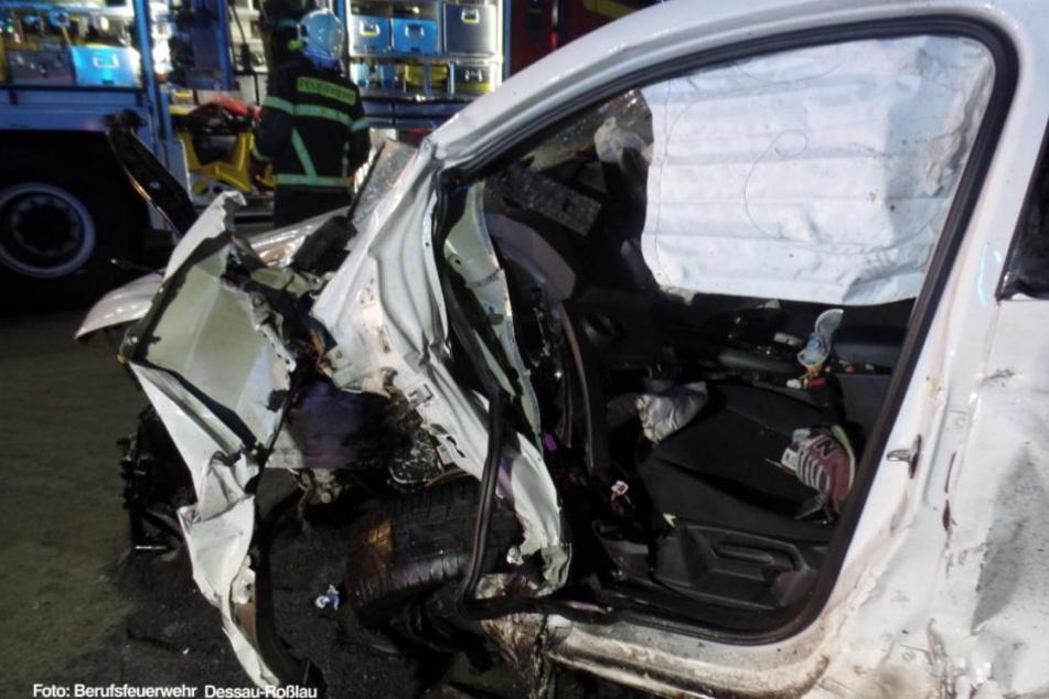 Die Fahrer des Opel und Seat wurden schwer verletzt.