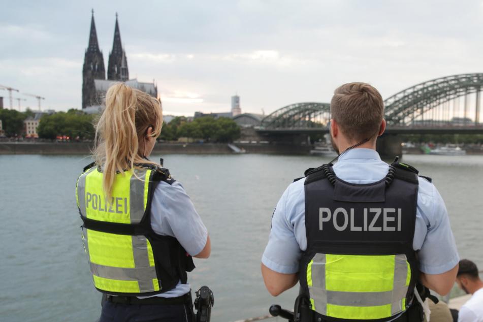 Zoff und schwere Verletzungen: NRW-Polizei zieht Wochenend-Bilanz