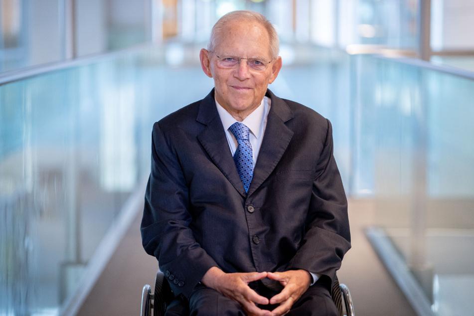 Wolfgang Schäuble (78, CDU) hat die Querdenker-Szene scharf angegriffen.