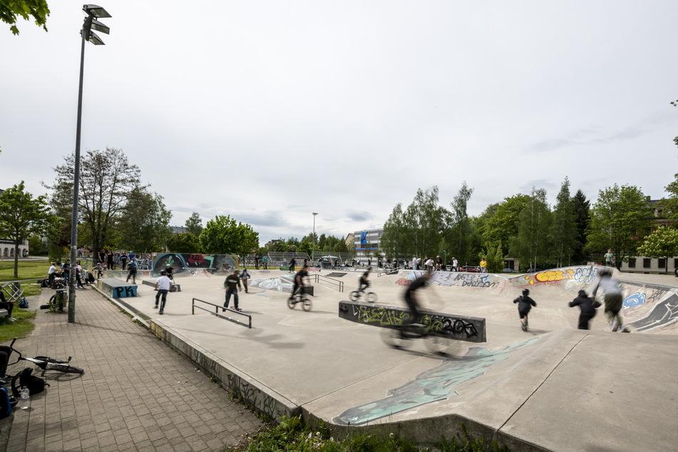 """Der Bereich um die Skateranlage am Konkordiapark gilt laut Polizei neuerdings als """"gefährlicher Ort""""."""