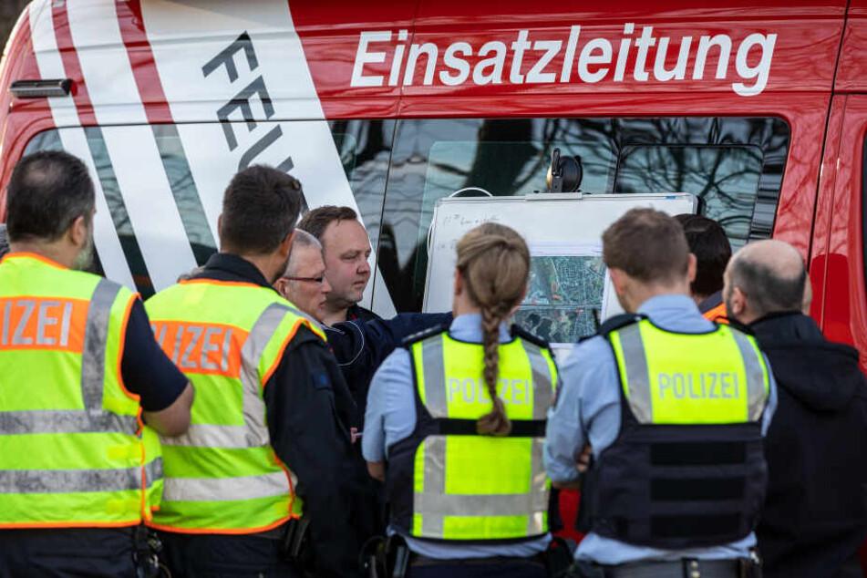 Feuerwehr und Polizei koordinierten einen Großeinsatz.