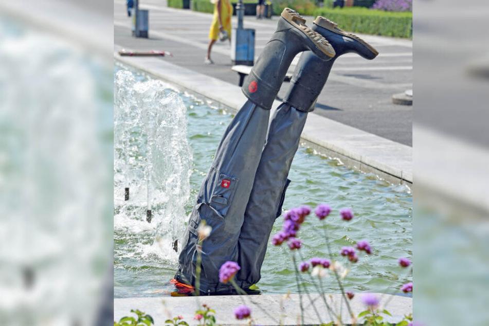 """Das Kunstwerk """"Spring-Brunnen""""."""