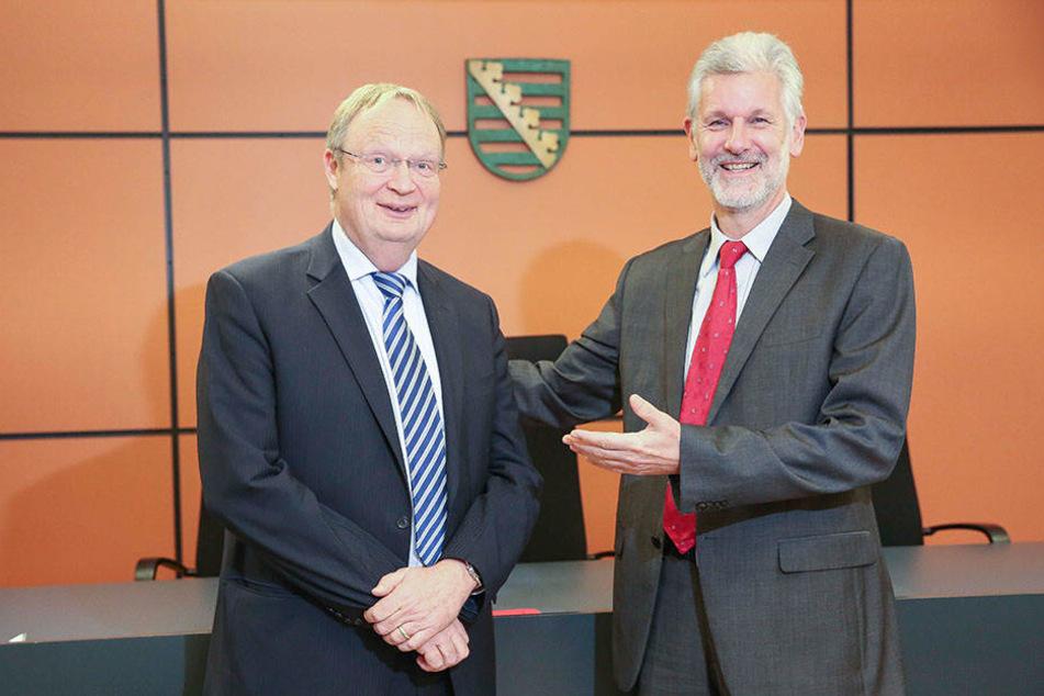 Noch-Präsident Gilbert Häfner (62, r.) präsentiert Martin Uebele (58), seinen Nachfolger.