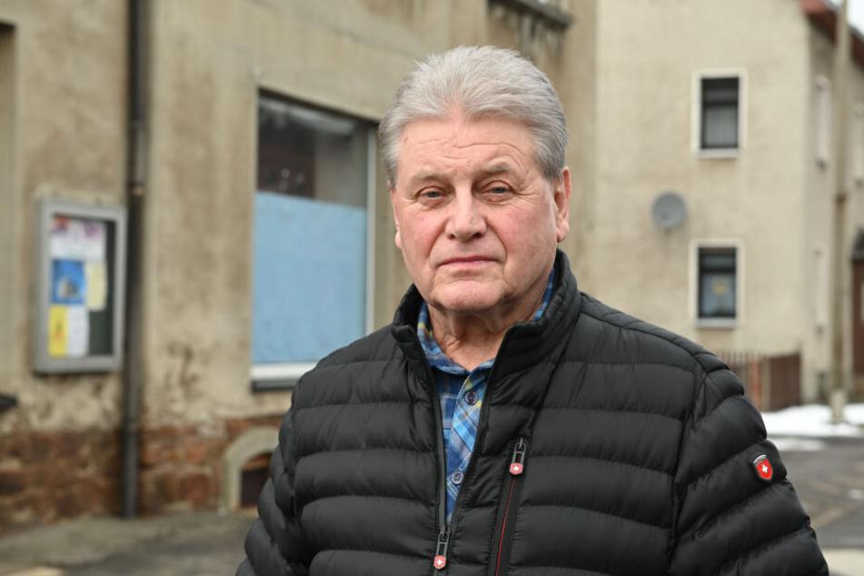 Vermieter Thomas Drilltzsch (71) hofft, dass es bald konkrete Beweise gegen den Täter gibt.