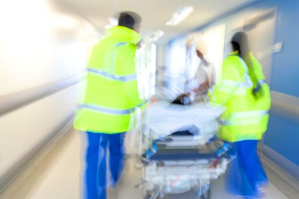 Schwere innere Verletzungen! Mädchen (10) nach Unfall mit Lkw im Krankenhaus