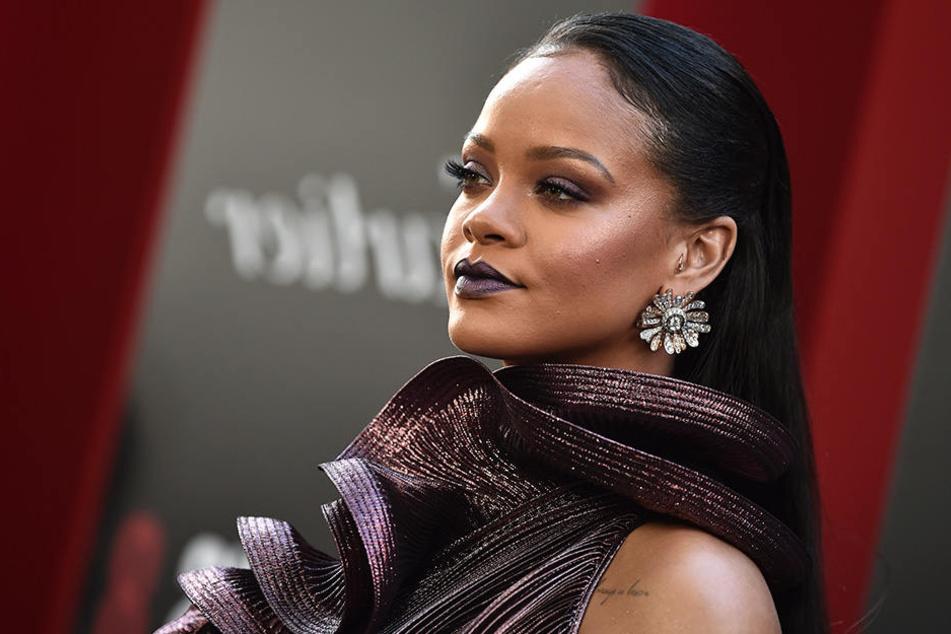 Es wird heiß! Rihanna macht jetzt Sex-Toys