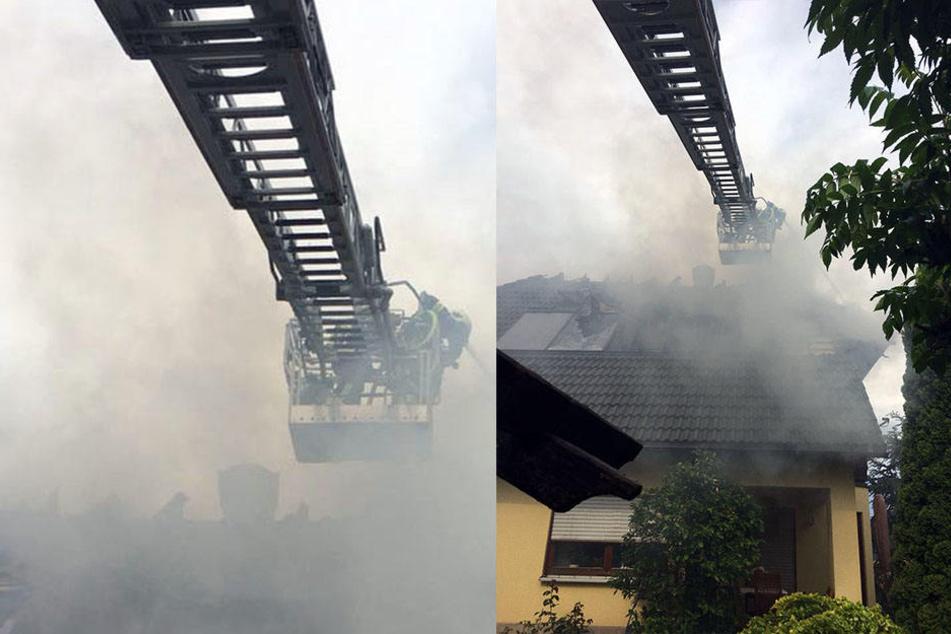 Glutnester und starker Rauch erschweren die Löscharbeiten.
