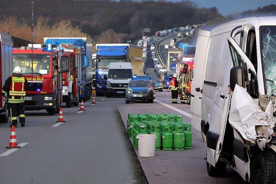 Gasalarm auf A4! Mega-Stau in Richtung Dresden