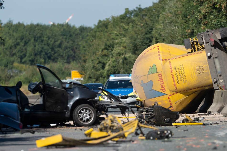 Drei Menschen überlebten den Unfall nicht.