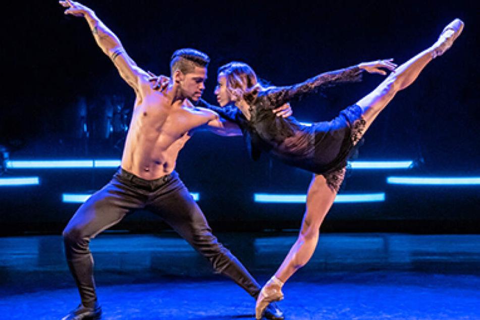 Die Tänzer von Ballet Revolución lassen auf der Bühne ihrer Lebenslust freien Lauf.