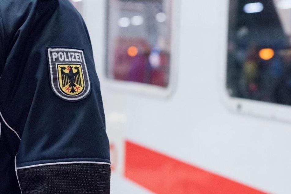 Brutaler Angriff mit einer Glasflasche am Kölner Hauptbahnhof