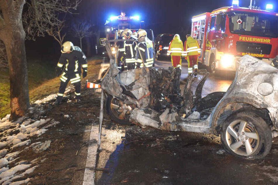 Familie bei Autounfall verbrannt: Jetzt stehen alle Identitäten fest
