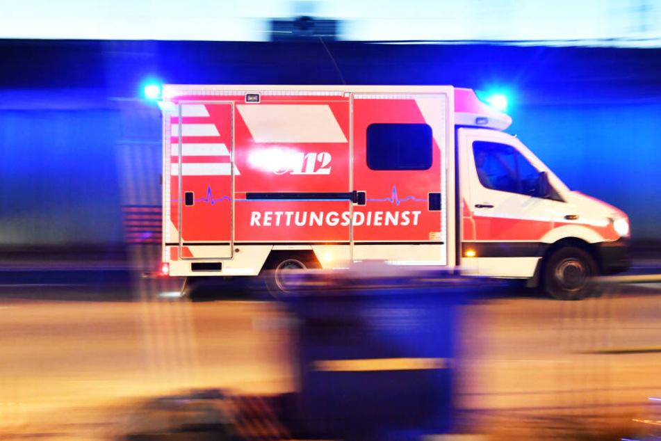 Der Rettungsdienst war im Einsatz (Symbolbild).