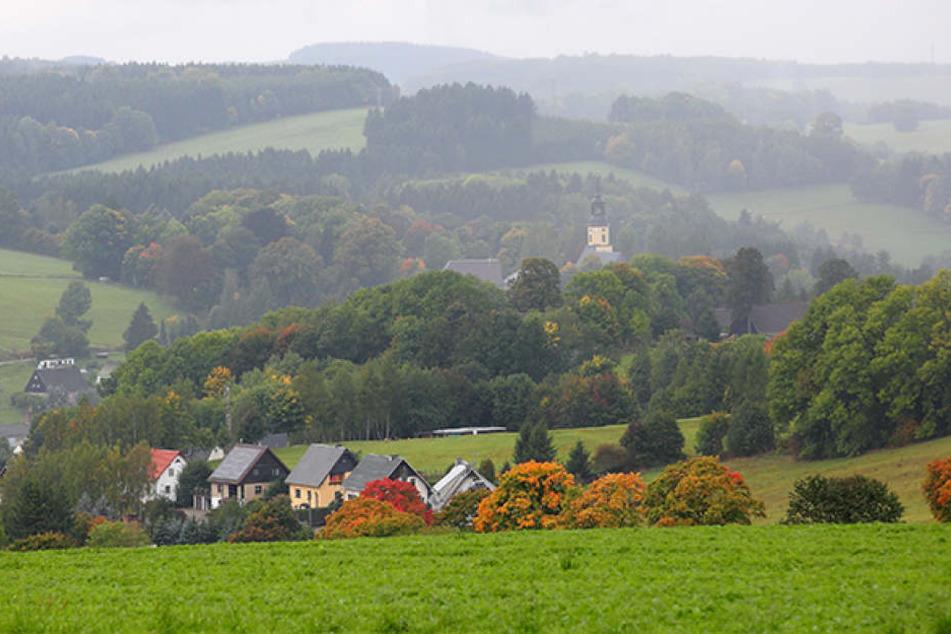 Hügelige Wiesen und schmucke Häuschen. In Dorfchemnitz nahe Freiberg stimmte  fast jeder zweite Wähler mit beiden Stimmen für die AfD.