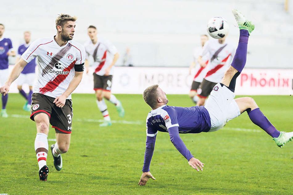 """Das Auer """"Tor des Jahres""""!Nicky Adler traf mit diesem herrlichen Fallrückzieher zum 1:0 gegen den FC St. Pauli."""
