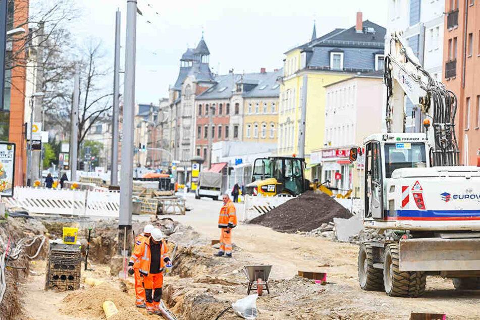 Aktuell wird auf der Kesselsdorfer Straße unter Hochdruck gebaut.