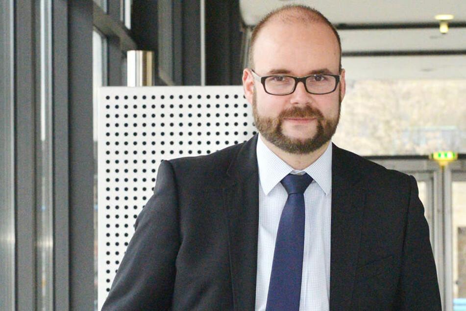 Kultusminister Christian Piwarz (43, CDU) hat zum Schuljahresbeginn keine guten Nachrichten. 230 Stellen konnten nicht besetzt werden.