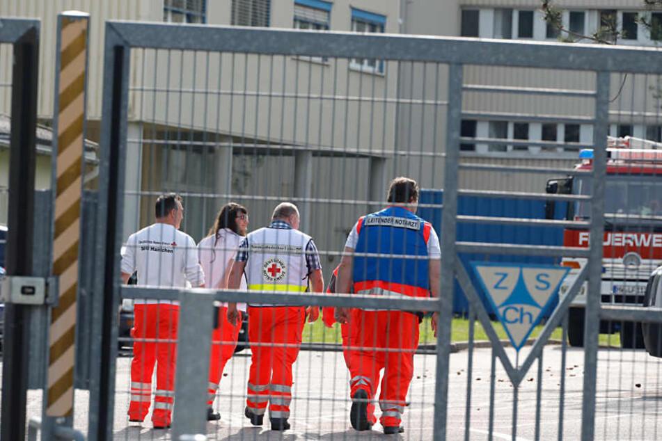 Rettungskräfte sind im Einsatz, Verletzte soll es aber nicht geben.