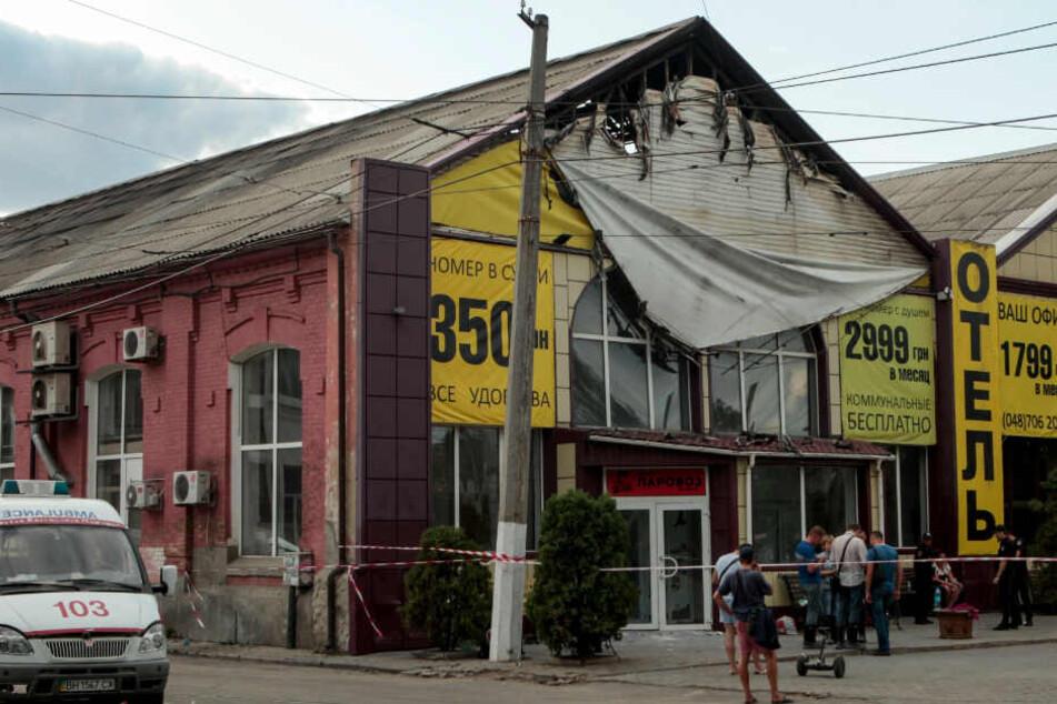 Neun Leichen nach Brand in Billighotel gefunden