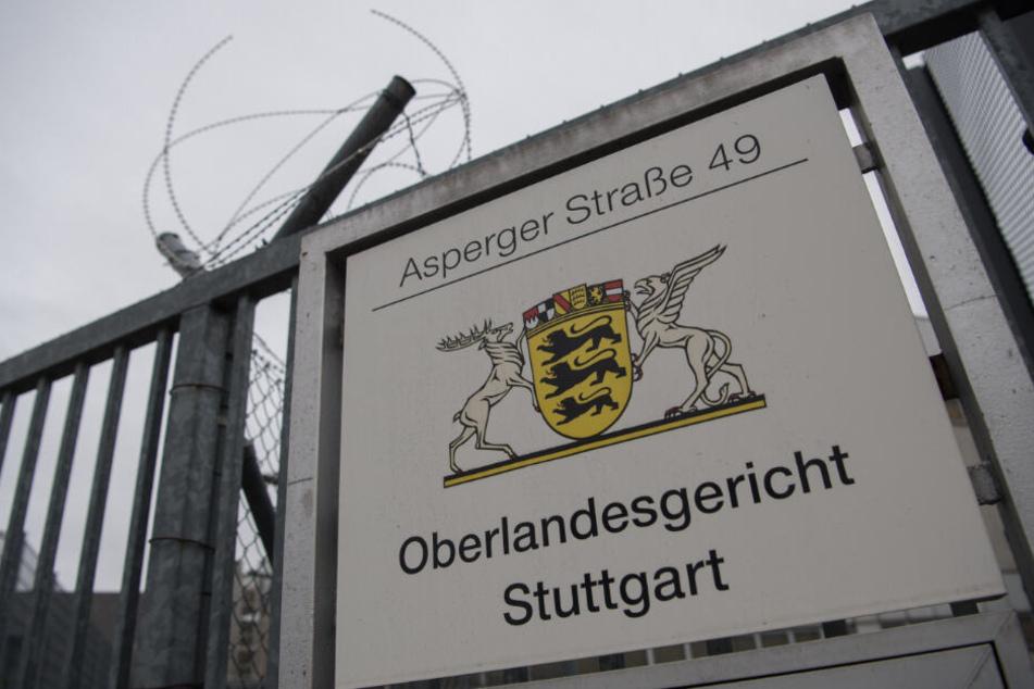 Der 34-Jährige muss sich vor dem Oberlandesgericht Stuttgart verantworten.