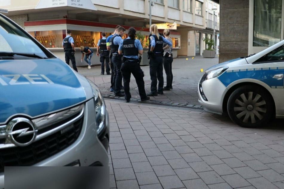 Blutige Messerattacke in Rüsselsheim: Polizei fahndet nach zweitem Täter