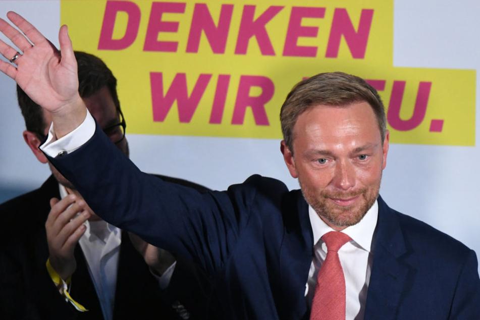"""Lindners """"Digital first, Bedenken second"""" bezeichnet Arenhövel als """"schlechtesten und dümmsten Wahlslogan seit Menschengedenken""""."""