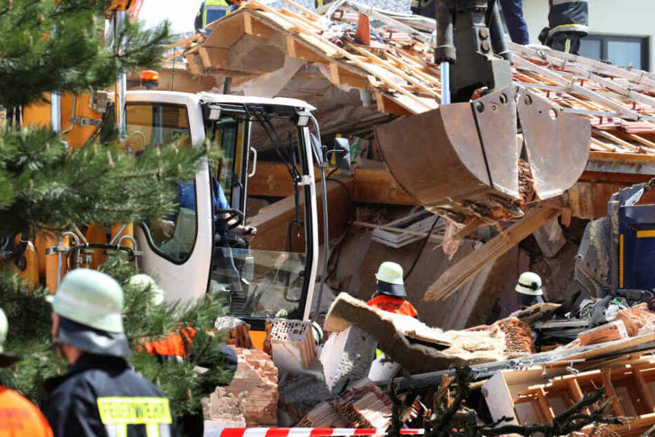 Tragisches Unglück: In Rettenbach am Auerberg in Bayern ist ein Wohnhaus explodiert.