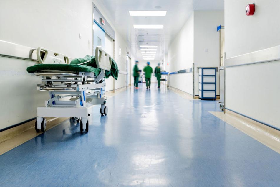 Das nichtärztliche Personal des Kreiskrankenhauses in Stollberg bekommt ab Mai mehr Gehalt. (Symbolbild)