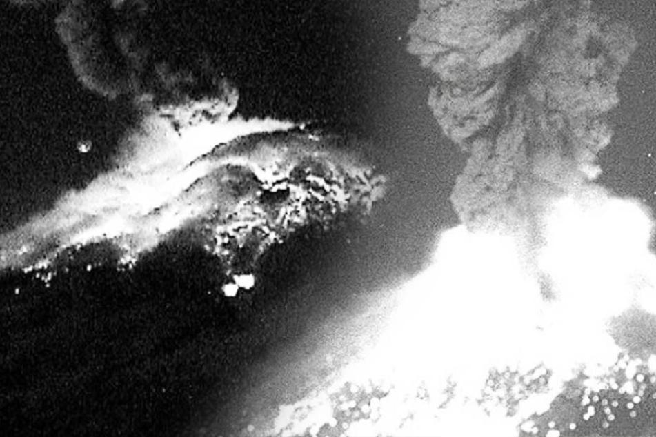 Vulkan spuckt erneut Asche auf Millionenstadt: kommt es zur riesigen Katastrophe?